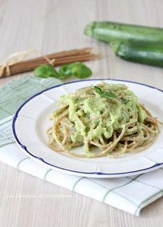 spaghetti integrali con crema di zucchine