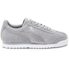 Puma Roma Classic Sneaker (1.295 ARS) ❤ liked on Polyvore featuring shoes, sneakers, lace up sneakers, metallic shoes, metallic lace up shoes, rubber sole shoes and laced sneakers