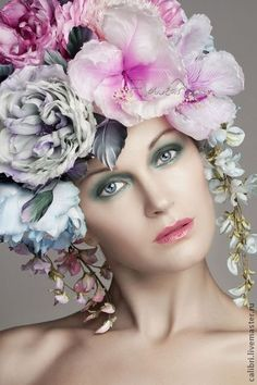 Цветочная шапка FLOWEAR - авторская работа Лилия Марченко. Фото - Анна Морозова. Silk flowers. Цветы из шелка.