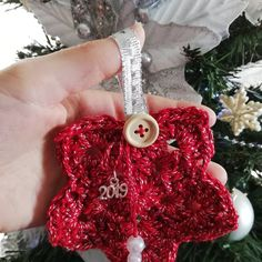 Γούρια 2019!!! 🌲🌲🤶🤶🎅🎅 #2019 #gouria2019 #cristmas #handmade #plektodimiourgies #knittinglove #knittingwithlove #knittingisthenewyoga… Crochet Earrings, Christmas Ornaments, Knitting, Holiday Decor, Handmade, Instagram, Hand Made, Tricot, Christmas Jewelry