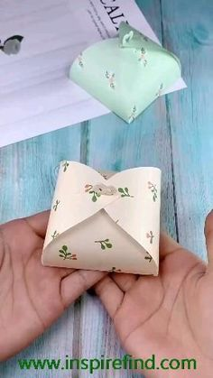Cool Paper Crafts, Paper Crafts Origami, Origami Paper, Paper Crafting, Origami Boxes, Dollar Origami, Oragami, Origami Gifts, Origami Templates
