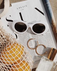 Cecil White and Pink Sunglasses – flatlay – – Jewelry 2020 Summer Vibes, Summer Beach, Pink Summer, Summer Winter, Summer Diy, Style Summer, Summer Glow, Beach Babe, Spring Summer 2018