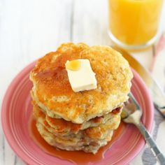 Perfectly light and fluffy vegan banana pancakes
