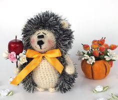 Amigurumi crochet hedgehog. (Inspiration).