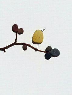 艺术家Sharon Nowlan巧妙的创意,拼成绝妙石头画!_一起哈皮