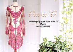 Kebaya modern  Omen'O classic  Jl lebak bulus 1 no 32  Phone 081290055578