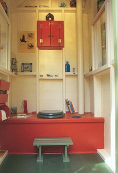 Interior of red outhouse . Ohhhhh myyyy how pretty . a LOT MORE than I'm… Outhouse Bathroom, Outhouse Decor, Small Living, Living Spaces, Dry Cabin, Outdoor Toilet, Outdoor Bathrooms, Composting Toilet, Backyard Sheds