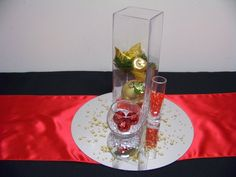 Trio of Christmas vases is pretty with various size vases. #christmas #fun #tablecentrepiece #holiday #red #gold #vase www.astylishcelebration.com.au