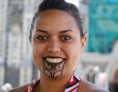http://www.nairaland.com/1153577/senegal-women-tattoo-gums-improve/3