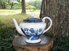 Blue Willow Teapot Blue & White Guilded Made by AntiquesandVaria, $46.20