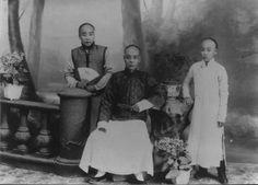 Male fashions of Qing Dynasty. http://www.tjwh.gov.cn/shwh/mjwh/minsu/fsms/fsms1.htm