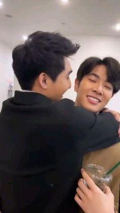 Drama Gif, Drama Funny, Korean Drama Best, Mixed Couples, Boyfriend Photos, Cute Asian Guys, Cute White Boys, Actors Images, Thai Drama