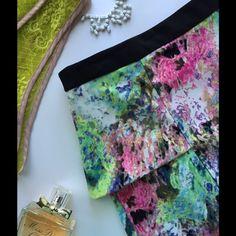 "Gibson Latimer Floral Peplum Skirt Fun Abstract Floral Print. Zipper Back. 97% Polyester/3% Spandex. Length: 21.5""  NWT. No Trades. Gibson Latimer Skirts Pencil"