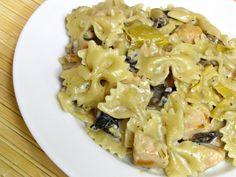 Chicken & Artichoke Pasta with Mushrooms, Garlic, White Wine, Heavy Cream & Parmesan Cheese