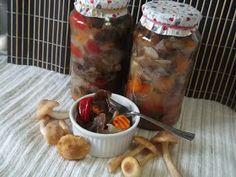 Hellena ...din bucataria mea...: Salata de ghebe - pentru iarna Meat, Chicken, Food, Salads, Meal, Eten, Meals, Buffalo Chicken, Cubs