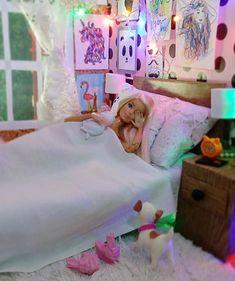 Baby Barbie, Barbie Dolls Diy, Barbie Fashionista Dolls, Barbie Model, Doll Clothes Barbie, Barbie Doll House, Barbie Life, Barbie Bedroom, Bedroom Bed