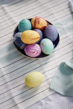 How to create stylishly elevated Easter eggs