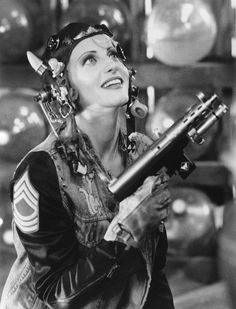Tank Girl - Publicity still of Lori Petty. The image measures 558 * 698 pixels and was added on 21 November Lori Petty, Tank Girl Cosplay, Mermaid Face Paint, Morgana Le Fay, Imperator Furiosa, Marla Singer, 1995 Movies, Steampunk, Adventure Aesthetic