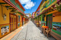 streets of Guatape, Colombia South America Destinations, South America Travel, Travel Destinations, Fonda Paisa, Machu Picchu, Ecuador, Most Visited Sites, Cap Vert, Colombia Travel