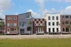 Grachtenwoningen in het Homeruskwartier, Almere Poort. hk-10062012-6