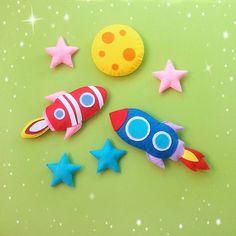#felttoy #babyfelts #babytoy #space #spacetoy #moontoy #rocket #star