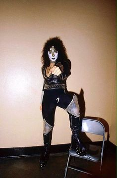 See related image detail Kiss Images, Kiss Pictures, Cherie Currie, Vinnie Vincent, Eric Carr, Peter Criss, Vintage Kiss, Kiss Art, Paul Stanley