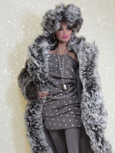 Dalliance Faux Fur Coat & Fashion Set - Fashion Royalty FR2 NuFace by KK.  A GORGEOUS KK fashion!