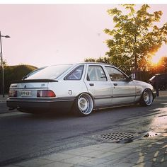 Instagram Search Engine, 1990s Cars, Ford Sierra, Ford Classic Cars, Old Fords, Ford Falcon, Ford Escort, Car Ford, Modified Cars