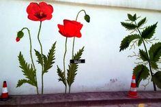 Inwazja namiotników na trzmielinie - Lovely Garden