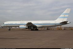 Historias Individuales: T-01, Boeing 757-23A, c/n 25487/470
