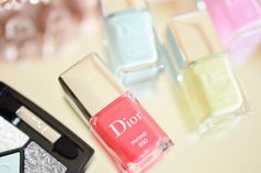 """Dior """"Glowing Gardens"""" Spring 2016 Collection"""