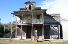 michigan ghost towns: http://www.ghosttowns.com/states/mi/mi.html