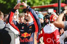 Daniel Ricciardo, Red Bull Racing at British GP High-Res Professional Motorsports Photography Gp F1, Daniel Ricciardo, Red Bull Racing, Lewis Hamilton, Wallpaper Ideas, Formula One, Random Things, British, Sport