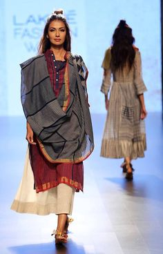 Paromita Banerjee-at-lakme-fashion-week-16