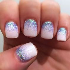 Best Glitter Nails - 44 Nails That Sparkle In The Light! - Nail Art HQ #GlitterNails #nailart