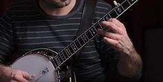 Here are 10 beginner banjo songs for the beginning bluegrass banjo player. Get these tunes under your fingers and jam with others.