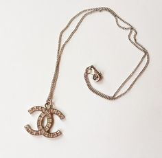 Authentic Chanel Blink CC Square Rhinestone Necklace. Get the lowest price on Authentic Chanel Blink CC Square Rhinestone Necklace and other fabulous designer clothing and accessories! Shop Tradesy now