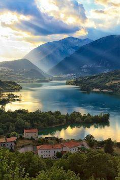 #Barrea #Italy