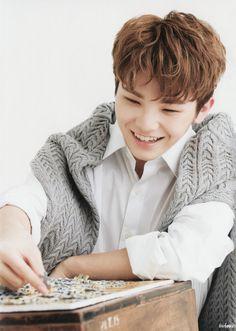 Jihoon Oppa❤ *dies*