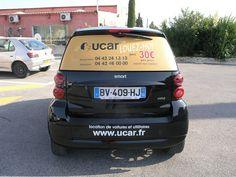 MICRO-PERFORE publicitaire smart - véhicule utilitaire UCAR - lunette arrière auto en micro-perfore  Signpub (Aix-Marseille 13) Marquage publicitaire sur Aix Marseille www.signpub.fr Rear Window, Car Rental, Marseille