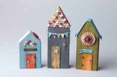 Houses from wood scraps - Modern Design Home Crafts, Diy And Crafts, Paper Crafts, Paper Toys, Paper Art, Putz Houses, Bird Houses, Wooden Houses, Clay Houses