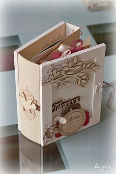 Mini's in a mini! Jolie idée de cadeau de mini pour un mariage....