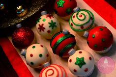 Win Win Ornament Cupcakes - Cake by Shawna McGreevy