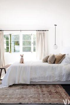 Home Interior Living Room .Home Interior Living Room Cozy Bedroom, Home Decor Bedroom, Bedroom Furniture, Master Bedroom, White Bedroom, Serene Bedroom, Clean Bedroom, Furniture Nyc, Cheap Furniture