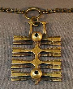 Pentti Sarpaneva, mid-century modernist brass necklace. #Finland