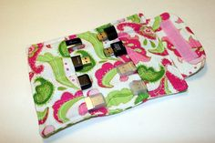 Flash drive storage pouch pattern - awesome! Match the fabrics for this, cell phone case, and ipad case...voila.