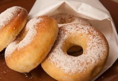 Fahéjas cukros sütőben sült fánk Baked Doughnuts, Donuts, Salty Snacks, Hungarian Recipes, Sweets Cake, Love Food, Biscotti, Cake Recipes, Bakery