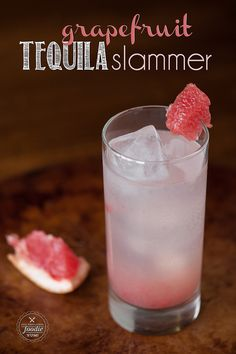 A refreshingly quick cocktail with tequila, grapefruit juice, and lime soda! This simple recipe makes a bubbly cocktail that is super easy to make. This Grapefruit Tequila Slammer is basically a cocktail with grapefruit juice! Try this today! Easy Cocktails, Cocktail Drinks, Cocktail Recipes, Alcoholic Drinks, Vodka Cocktails, Popular Cocktails, Vodka Martini, Drink Recipes, Cocktail