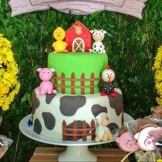 Farm Animal Party, Farm Animal Birthday, Barnyard Party, Farm Birthday, Farm Party, Kids Birthday Cupcakes, 2nd Birthday Parties, Farm Cake, Baby Boy Cakes