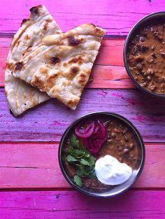 Indiai lencsefőzelék sütőben Cukor, Hummus, Bread, Drink, Cooking, Ethnic Recipes, Food, Dinner, Kitchen